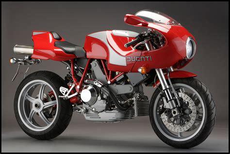 Vintage Ducati Cafe