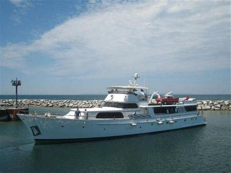 Donzi Boats Headquarters by Used Small Yacht For Sale Autos Weblog