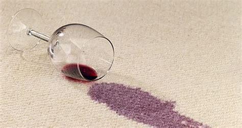 wachsflecken teppich flecken im teppich so entfernen sie sie richtig