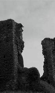 Northburg Castle bw Donegal Photograph by Eddie Barron