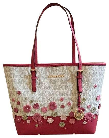 michael kors jet set travel carry  signature monogram floral handbagpurse vanillagranita