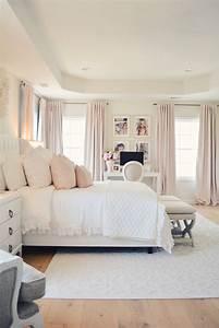Elegant, White, Master, Bedroom, U0026, Blush, Decorative, Pillows