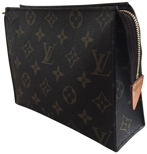 louis vuitton monogram toiletry  cosmetic bag tradesy