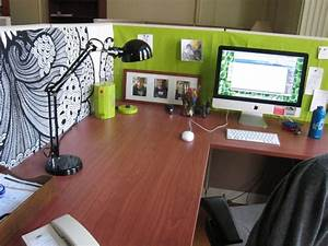 Is your office cubicle boring decor ideas pinterest for Office interior decoration items