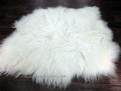 tapis peau de mouton  peaux blanc naturel tannage