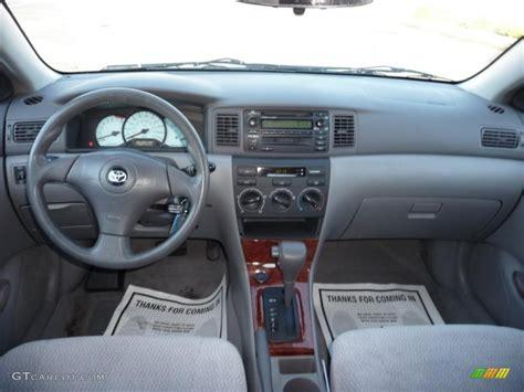 toyota corolla dashboard lights 2004 toyota corolla le light gray dashboard photo