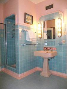 pink and aqua bathroom this is just really cute for some With turquoise and pink bathroom