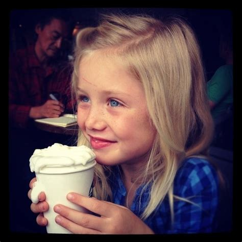 Not all amazing starbucks drinks contain coffee! Secret Drinks to Order at Starbucks for Kids ....or adults who dont drink coffee ;) | Cool kids ...