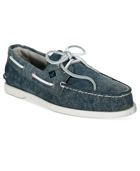 White Sperry Boat Shoes by 1000 Ideas About Sperrys On Leather Boat