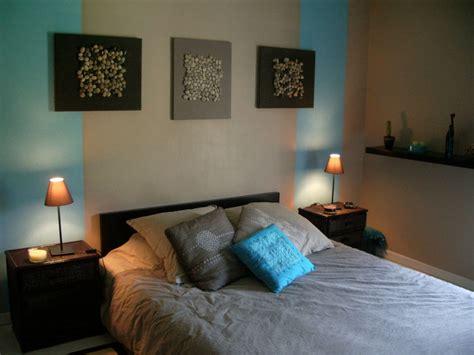 d 233 co chambre turquoise et marron