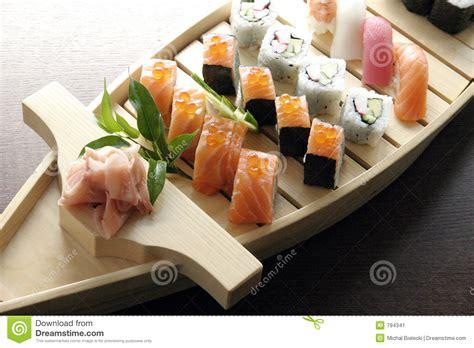 cuisine japonaise traditionnelle nourriture japonaise traditionnelle de sushi image stock