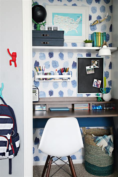 deco bureau enfant inspiration d 233 co du papier peint pour un bureau cr 233 atif