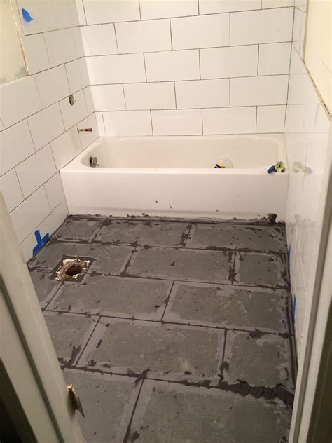 floor grout 8x16 White subway tiles by 'BLOC' 12x24 grey