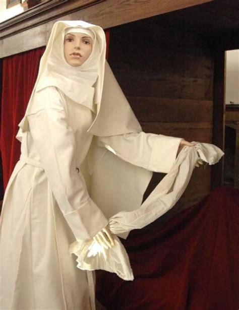 la cuisine de bernard com création realisation fabrication costume de religieuse