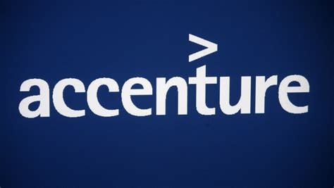 accenture  oracles  managed cloud provider