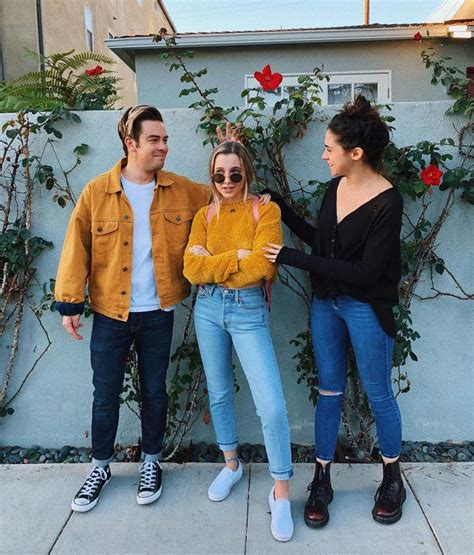 138 best Emma Chamberlain images on Pinterest | Cannon Canon and Casual