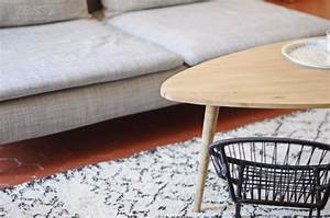 Salon table basse tapis berbere zessfr lifestyle for Tapis berbere avec table appoint canapé