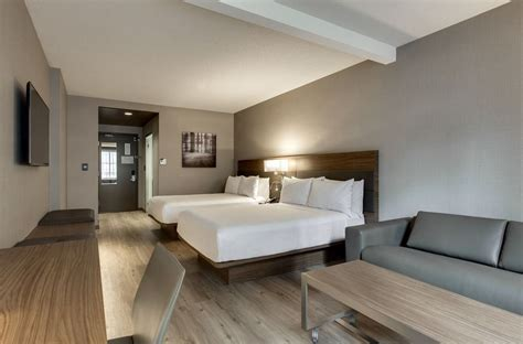 Ac Hotel Chicago Downtown In Chicago  Hotel Rates. Country Decor Magazines. Lily Pad Party Decorations. Dining Room Curtains. Dining Room Table And Chairs Set. Winter Home Decor. Room Separators. Decorative Furniture Legs. Living Room Rugs On Sale