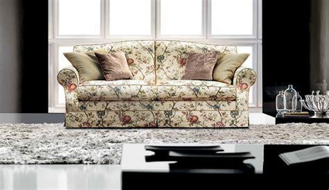 canape anglais a fleurs canape anglais a fleurs maison design wiblia com