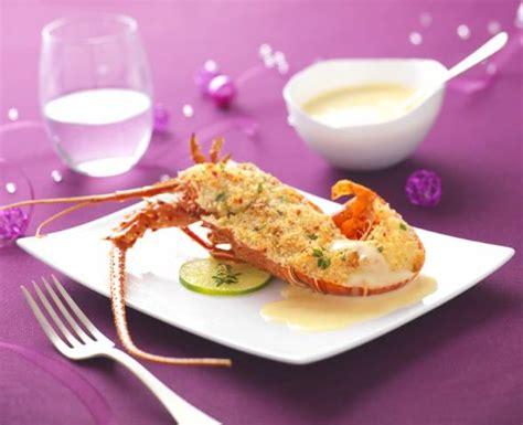 langoustes gratinees aux amandes sauce beurre blanc