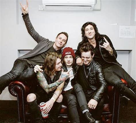 and me stoff 1000 ideas about asking alexandria on ben