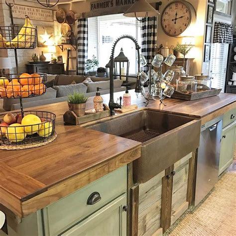backsplash kitchen images 25 best ideas about counter tops on kitchen 1429