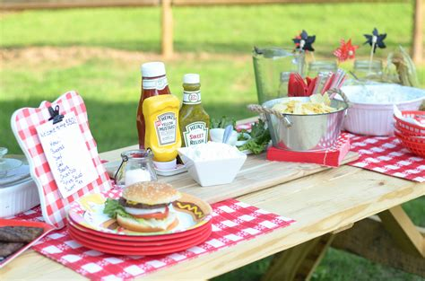 mustard rub burgers outdoor party mommy hates cooking