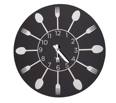 horloge kitchen noir horloges but