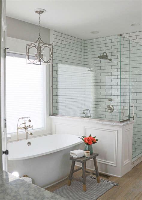 Master Bathroom Tile Ideas by 54 Gorgeous Farmhouse Master Bathroom Decorating Ideas