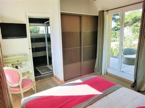 chambres d hotes bandol var chambres d 39 hôtes villa azur golf chambres d 39 hôtes à