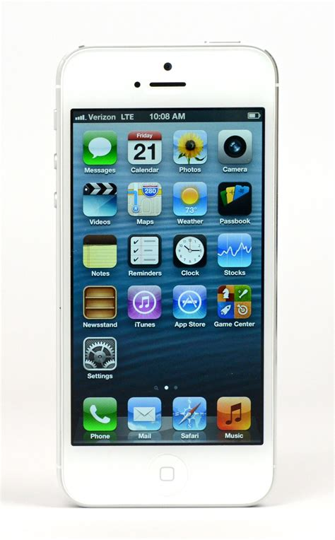 iphones 5 apple sells 5 million iphone 5 units in one weekend