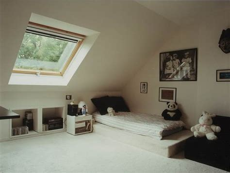 comment humidifier une chambre comment aménager ses combles petites astuces chambre
