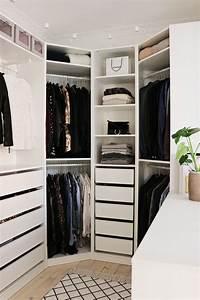Begehbarer Kleiderschrank Ecke : our walk in closet is done christina dueholm ~ Markanthonyermac.com Haus und Dekorationen