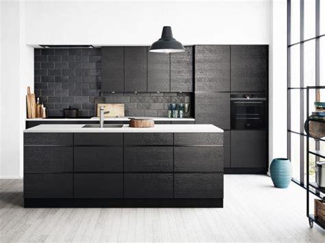zwarte keuken een keuken met body heel veel inspiratie