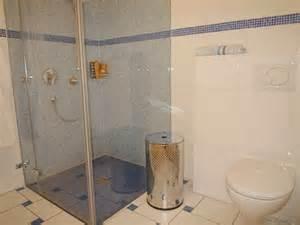 wohnideen kleines wohnzimmer ebenerdige dusche 23 aktuelle bilder
