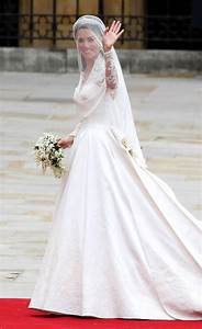 kate middleton wedding dress entails interesting flower With middleton wedding dress