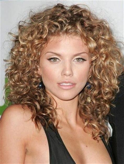 haircuts for medium curly hair medium curly hair styles hairjos 1685
