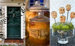 Image of: Simple Scary Diy Outdoor Halloween Decoration 5 Halloween Outdoor Decorations On A Budget