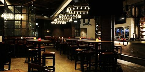 State & Main Kitchen and Bar Weddings   Get Prices for
