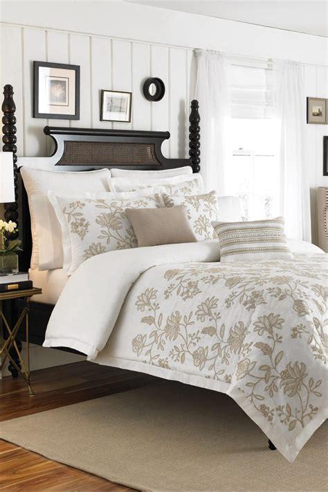 Duvet Vs Comforter Vs Coverlet by Duvets Vs Comforter Overstock