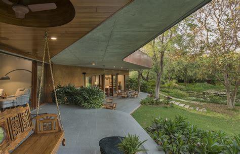 gallery of the verandah house modo designs 14