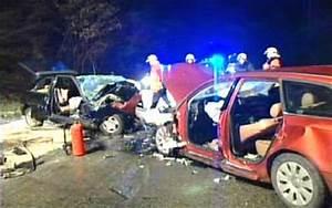 Accident De Voiture Mortel 77 : un v hicule fant me provoque un accident mortel sur l 39 e42 les assassins qui tues avec leurs ~ Medecine-chirurgie-esthetiques.com Avis de Voitures