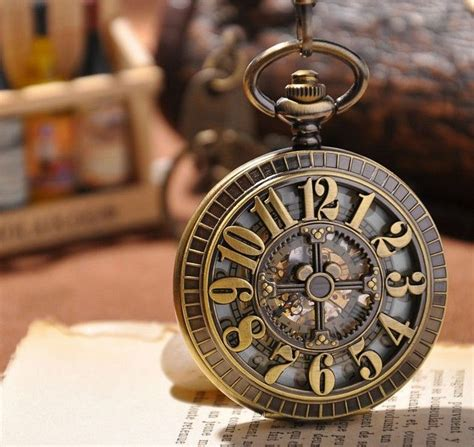 les 25 meilleures id 233 es de la cat 233 gorie horloge engrenage sur d engrenage