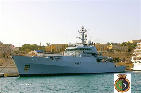 HMS Echo [H87] | Images of Maltese Buses and other forms ...