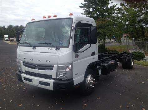 mitsubishi truck 2016 mitsubishi fuso fe160 triad freightliner