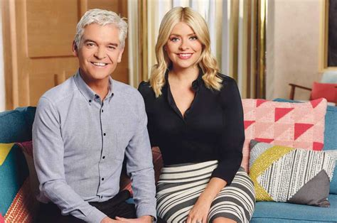 holly willoughby  phillip schofield   friends