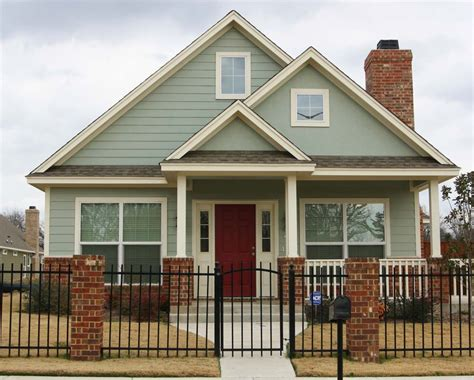 chip and joanna gaines exterior paint colors exterior house colors magnolia villas magnolia homes