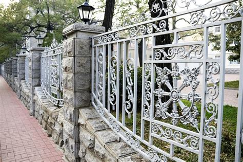 List Of Decorative Fencing Ideas  Homesfeed. Living Room Decor Help. Compost Canister Kitchen. Ideas For Living Room And Office. Teal Kitchen Canisters. Living Room Interior In Pune. Contemporary Living Room Designs Small Apartment. Living Room With Fish Tank. Dining Room Attached To Living Room