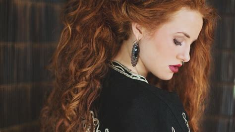 wallpaper madelaine petsch photo  celebrities