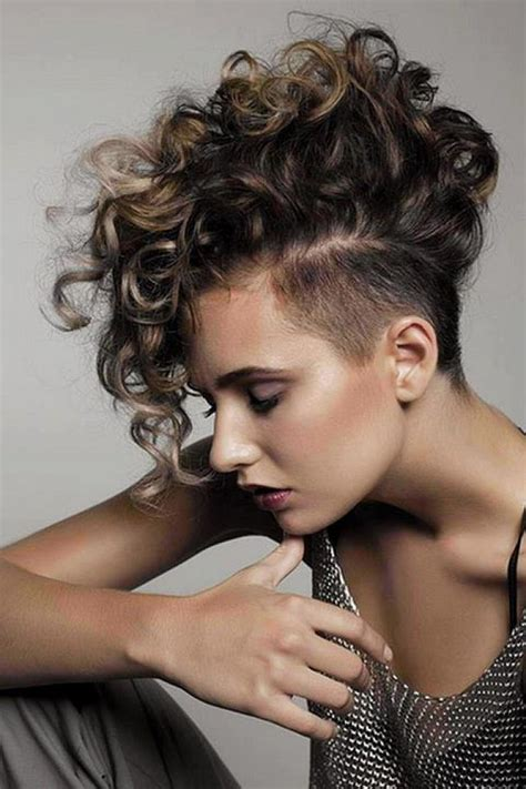 short curly hairstyles sultry sassy  sexy fave